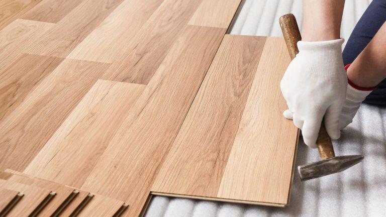 Auswahl eines wiedergewonnenen Holzbodens